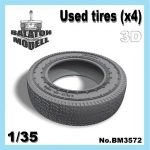 Used tires (x4), 1/35